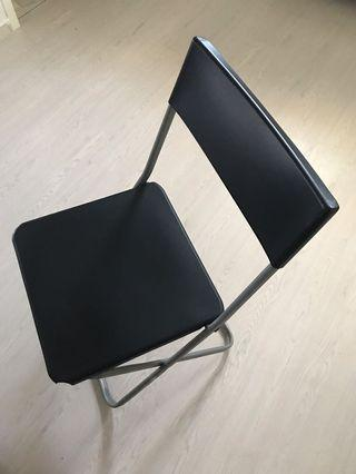 🚚 Foldable chair