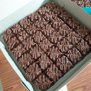 Brownies kedut nutella topping
