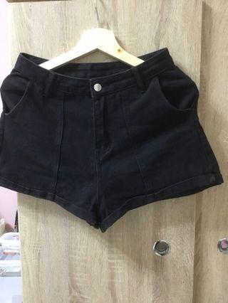 韓版黑色短褲