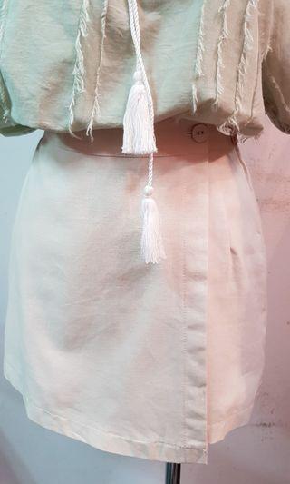 🚚 韓國後鬆緊腰棉布褲裙 米色(S~M號都可穿,內有褲子)