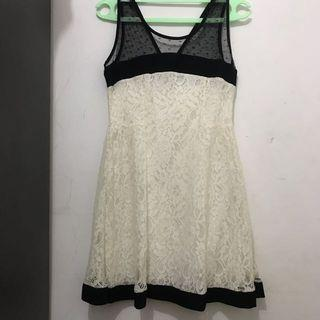 Dress Brukat Cream
