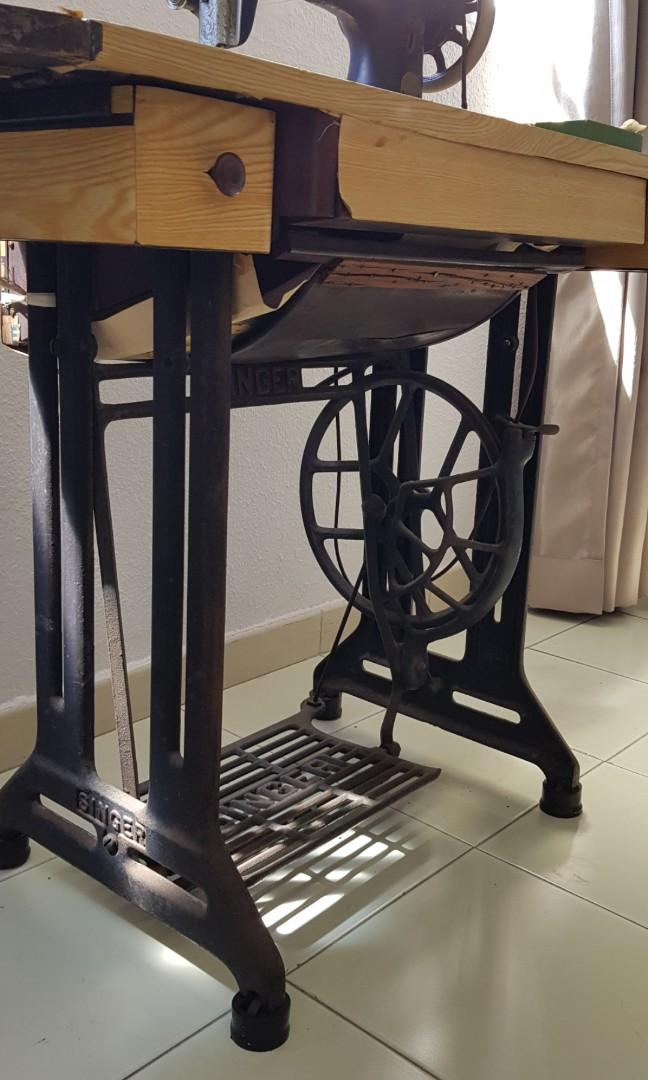69 years old Antique SINGER Sewing Machine , Furniture