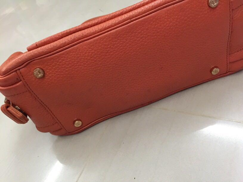 Celine leather bag ( genuine leather )
