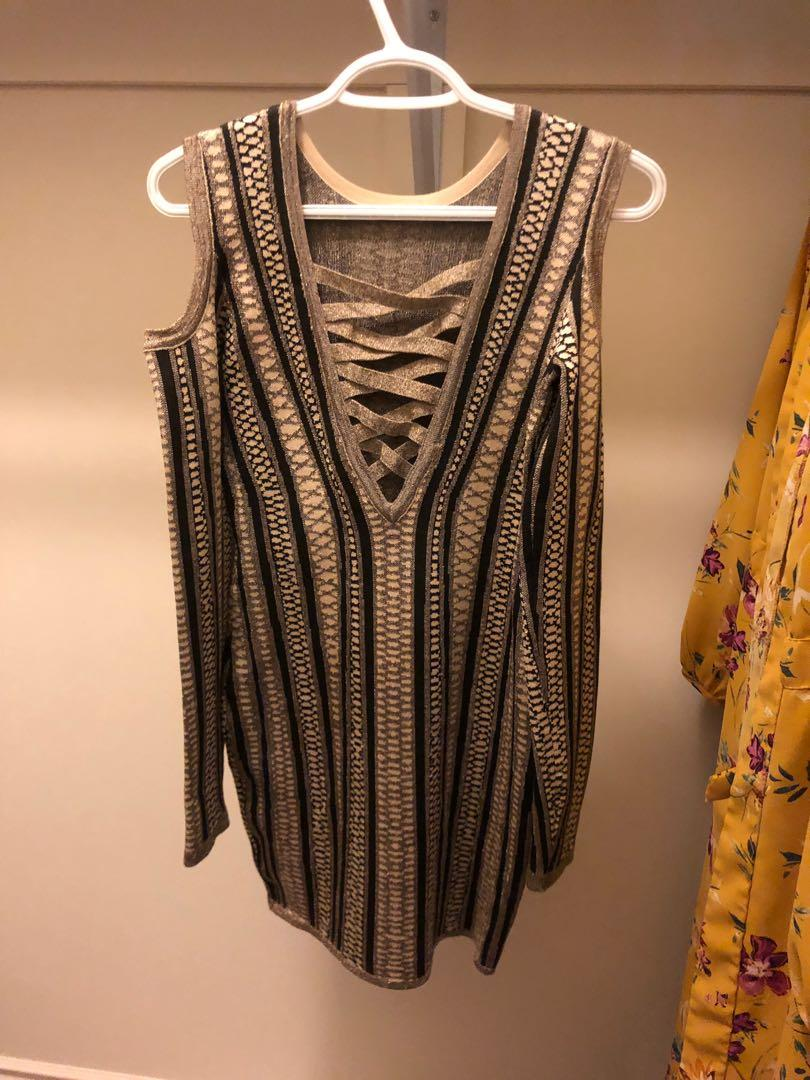 Dress&top make an offer only one time used