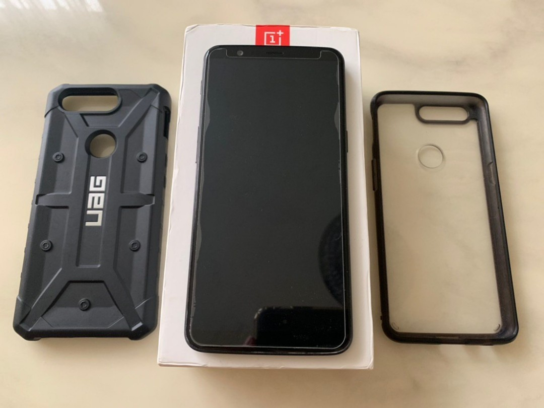 brand new c01e6 df548 OnePlus 5T Black 128GB with free UAG case worth $50. Similar to OnePlus 6 ,  OnePlus 7