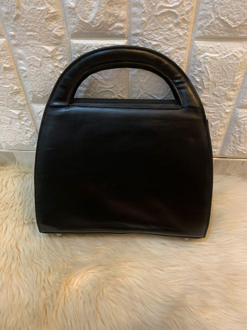 Tas jinjing salvatore ferragamo authentic 24 cm full leather mulus