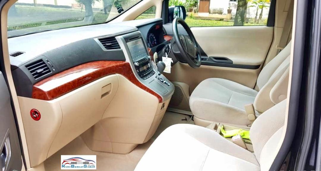 Toyota Alphard Facelift 2.4G , 7 seater untuk dijual