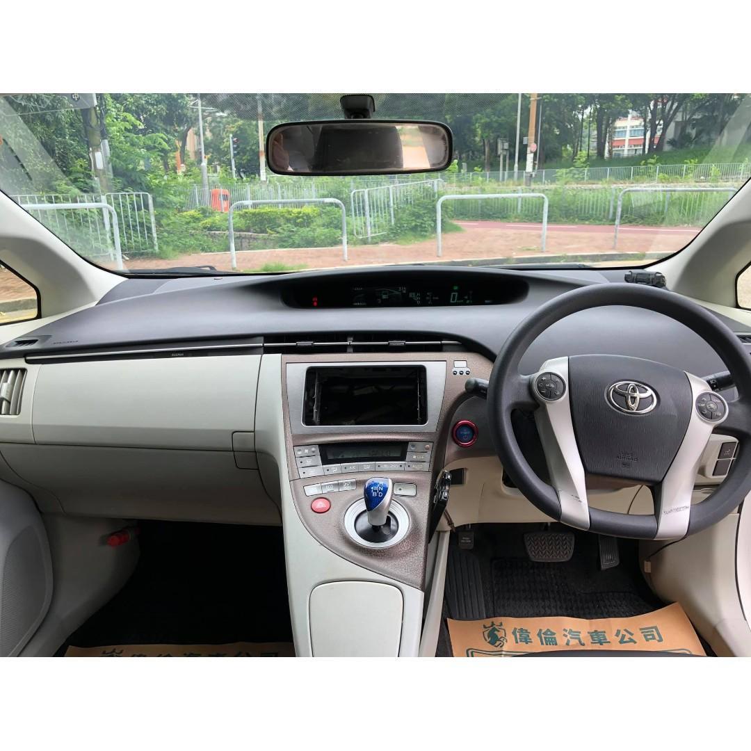 2012' Toyota Prius Hybrid TRD 1.8 AT