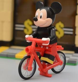 Lego Minifigs Mickey Mouse 踩單車
