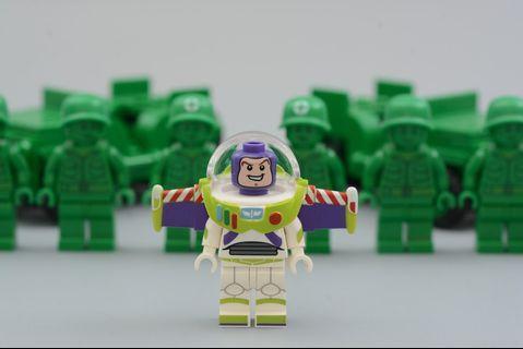 Lego Minifigs 巴斯光年