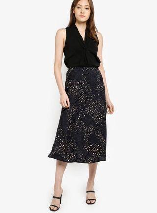Cotton On satin skirt printed