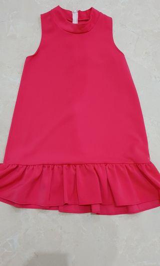 Dress pink fuschia ruffle