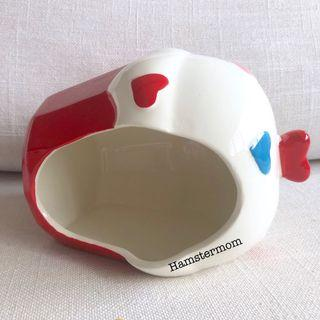 Syrian Hamster Cupcake Ceramic Hideout House Toy