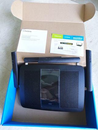 🚚 Linksys Router AC2600
