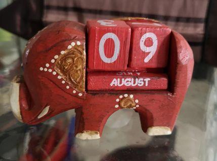 Table wooden craft calendar
