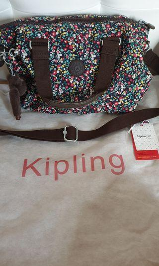 Kipling authentic