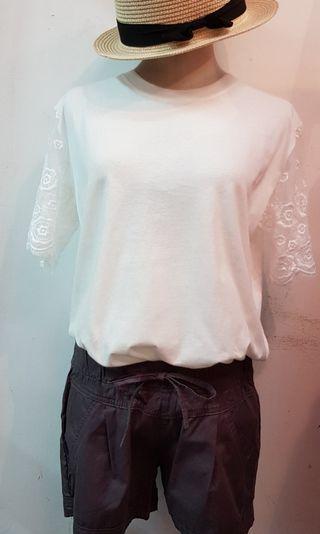 🚚 韓國蕾絲袖棉上衣 白色(S~L號都可穿)