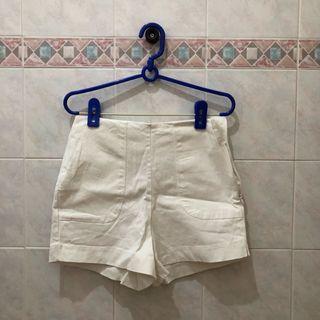 🚚 High Waisted White Shorts