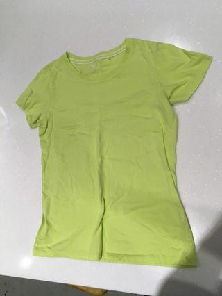 🚚 Lativ 螢光綠 s 速乾運動短袖