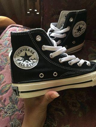 #prelovedwithlove Converse 70s