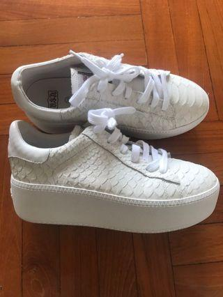 Ash sneaker 厚底波鞋 limited edition
