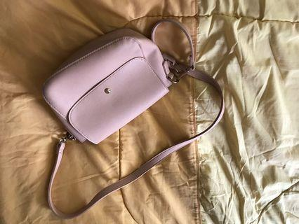 Pink sling bag #CarousellFaster