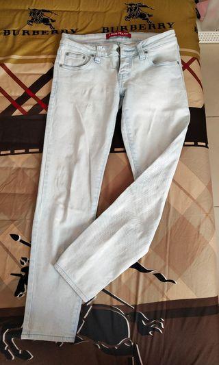 White Blue Jeans by Logo Jeans size 28 / M