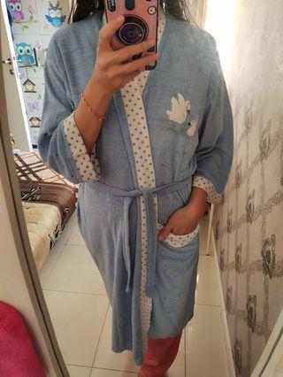 Baju Handuk Mandi Biru by Merlin