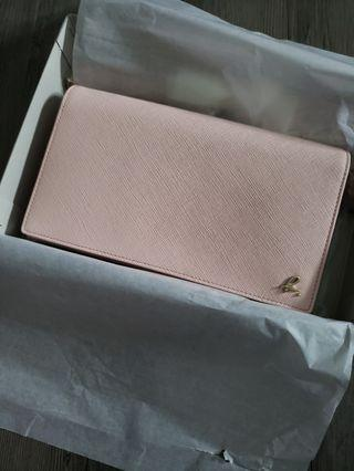 Agnes b wallet on chain