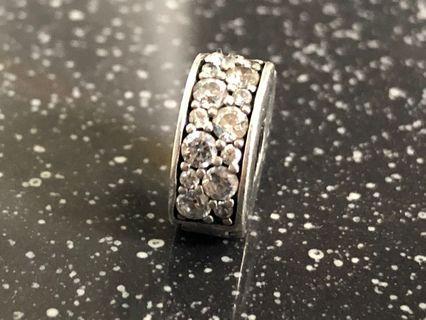 Pandora clips charms