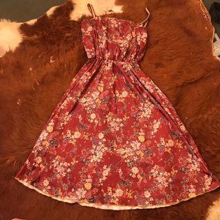Retro vintage brown  floral dress