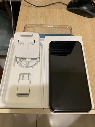 iPhone XR 128g 白色