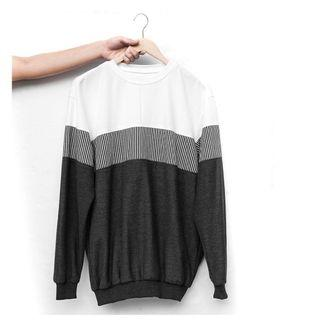 Sweater Two-Toned by SIMPLY / Sweater Brand Lokal