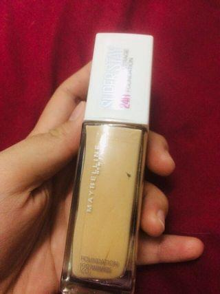 Maybelline Superstay Foundation Code Warm Nude (128)