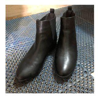【二手】黑色尖頭靴