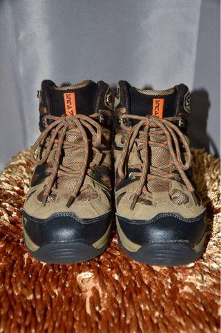 SNTA Sepatu Outdoor (Hiking / Tracking) Unisex