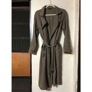 【二手】墨綠色長款風衣綁帶外套