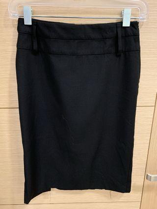 🚚 MANGO 窄裙