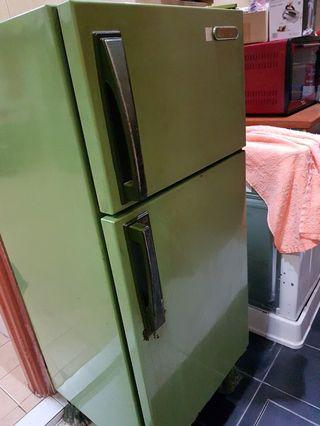 Fridge 190Litre