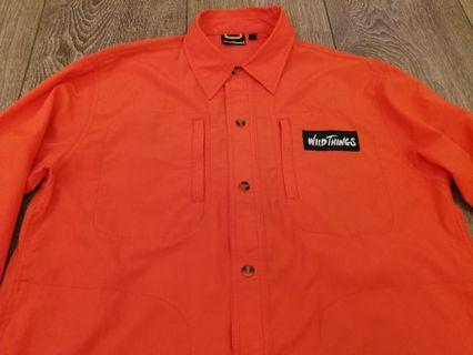 Wild things outdoor shirt size L