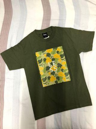 Less 軍綠 LOGO 短袖上衣 T恤 TEE
