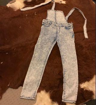 Light wash denim adjustable overalls