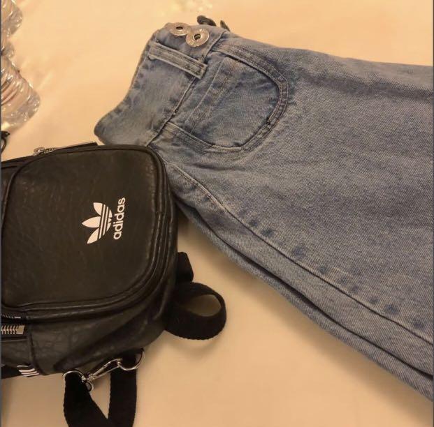 顯腿長!韓國復古四排扣高腰牛仔寬褲 (全新僅試穿)