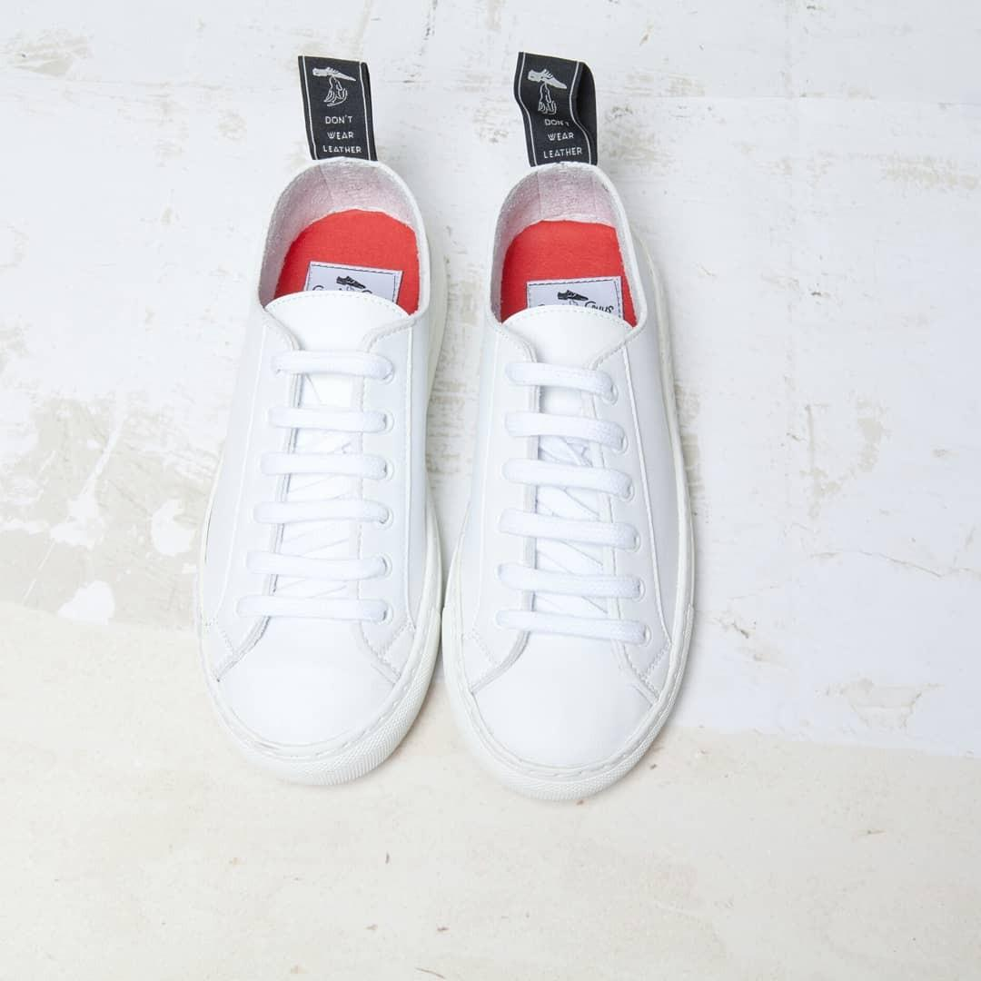 White SAMO sneakers - Good Guys Don't Wear Leather