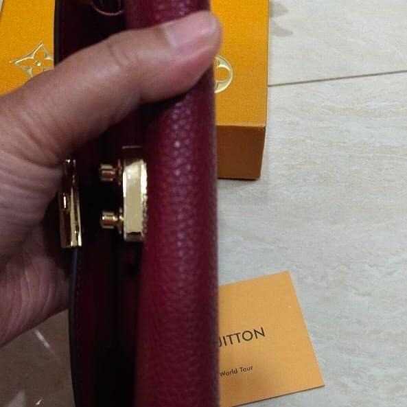 Louis Vuitton Wallet original leather ada nomor seri kulit asli mulus & Like New✨