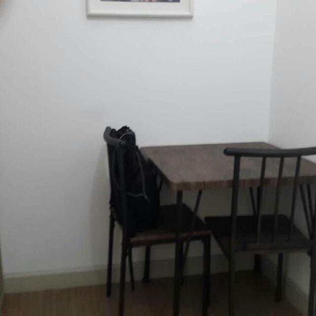 Slightly Used Dining Table Chairs Home Furniture Furniture Fixtures Tables Chairs On Carousell