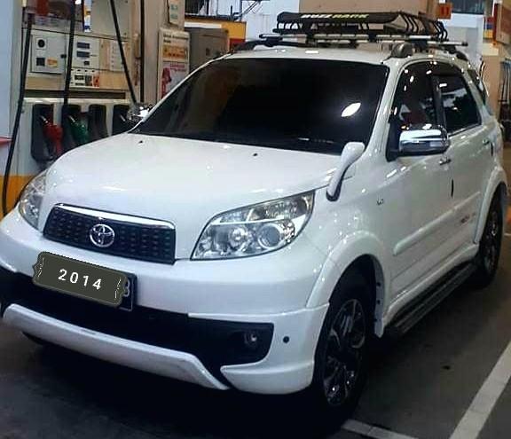 Toyota RUSH TRD sportivo 1.5 At 2014 Upgrade ULTIMO angs 1.9 jt  aja