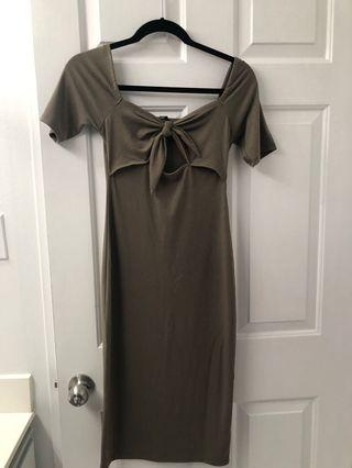 Forever 21 olive green dress size S