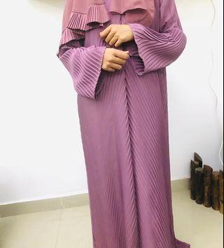 Pleated Dubai Abaya