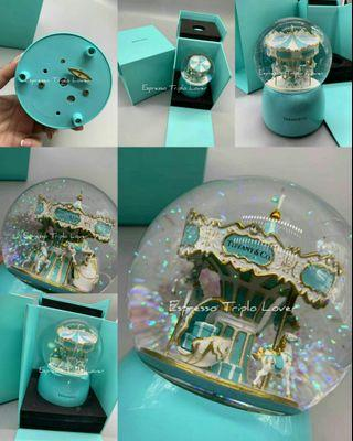 [T•!•F•F•@•N•¥&C•O]2018/19 VIP Gift Snow Globe Carousel🎠 with music🎶 box